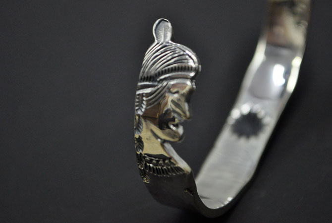 LARRY SMITH BR-0178 Bangle W Indian Face